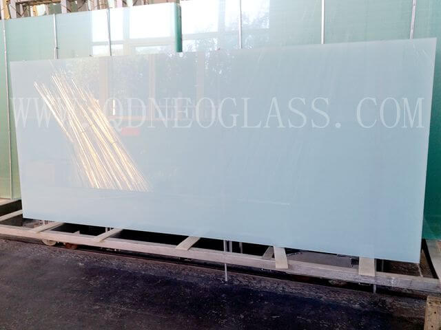 Custom-Made Colorful PVB Laminated Safety Glass-AS/NZS 2208: 1996, CE, ISO 9002